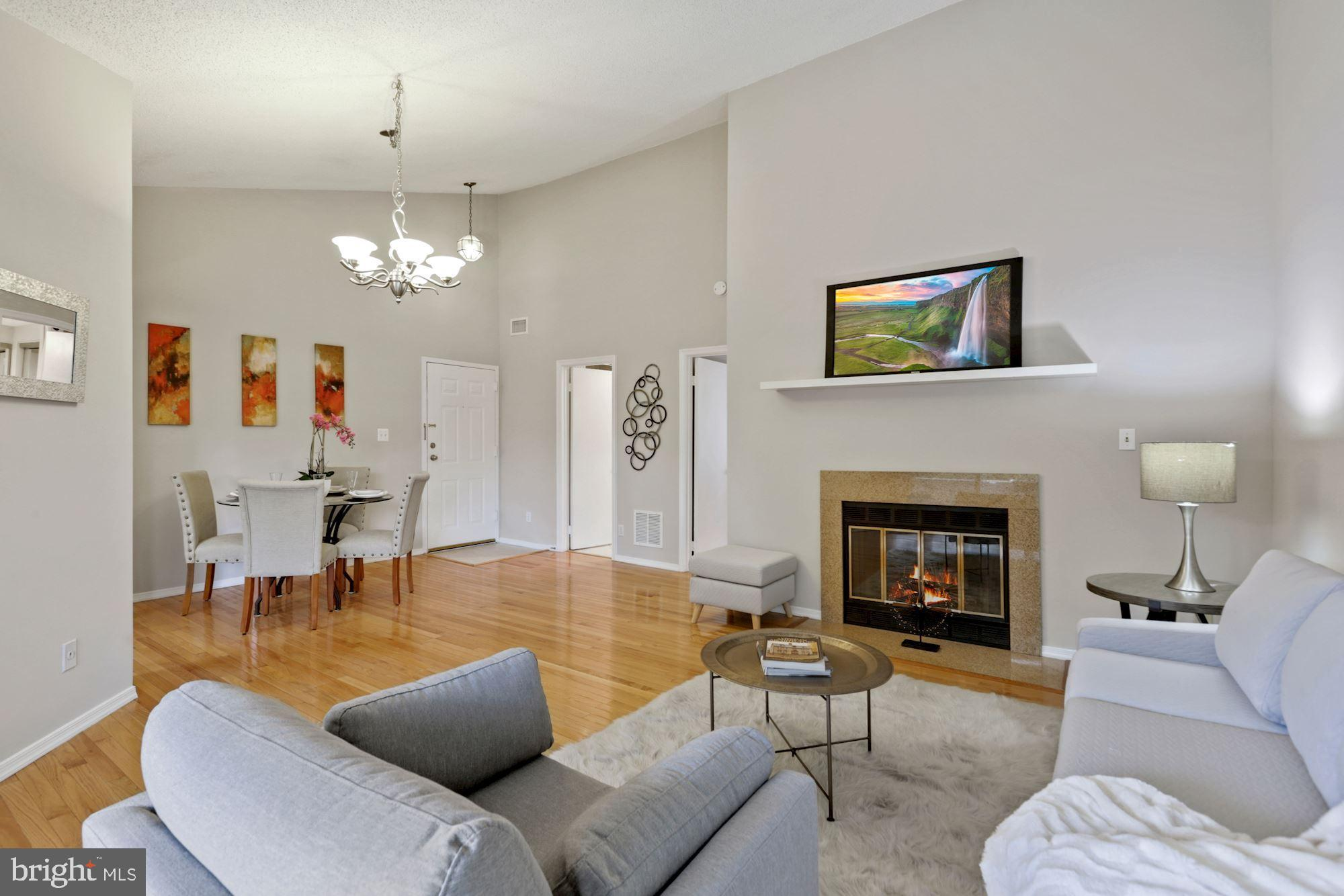 Inside the beltway. Top end unit with  over 950 sf of living space. Great layout with plenty of room