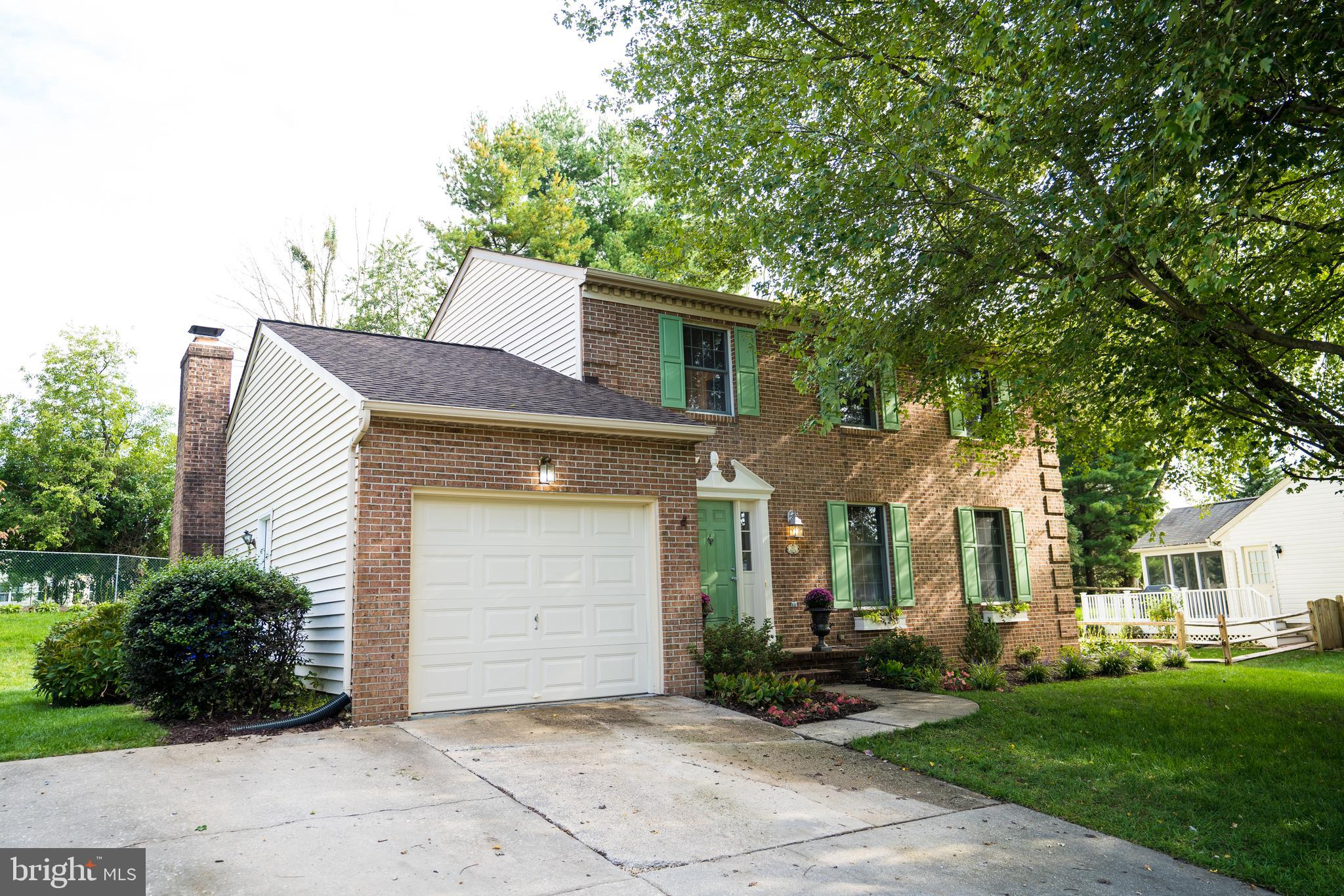 Come see this beautiful brick Colonial home. Kitchen w/SS Appliances & Quartz counter top. Family ro