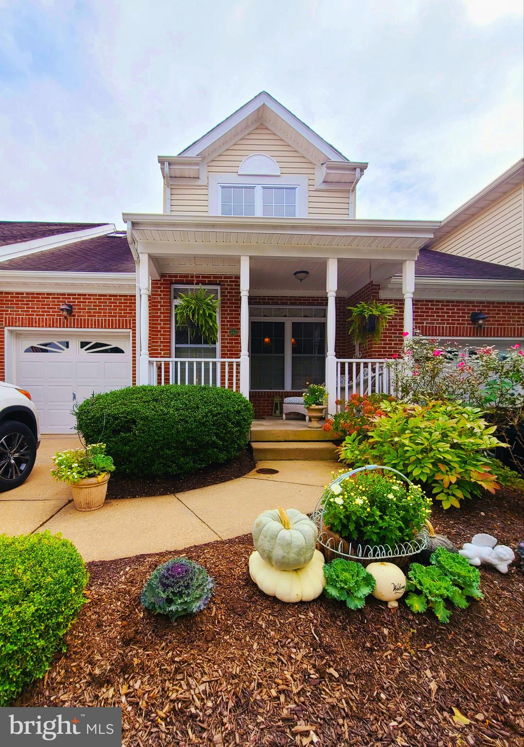 Welcome home! This immaculate house offers two large bedrooms, two and a half baths plus a loft area