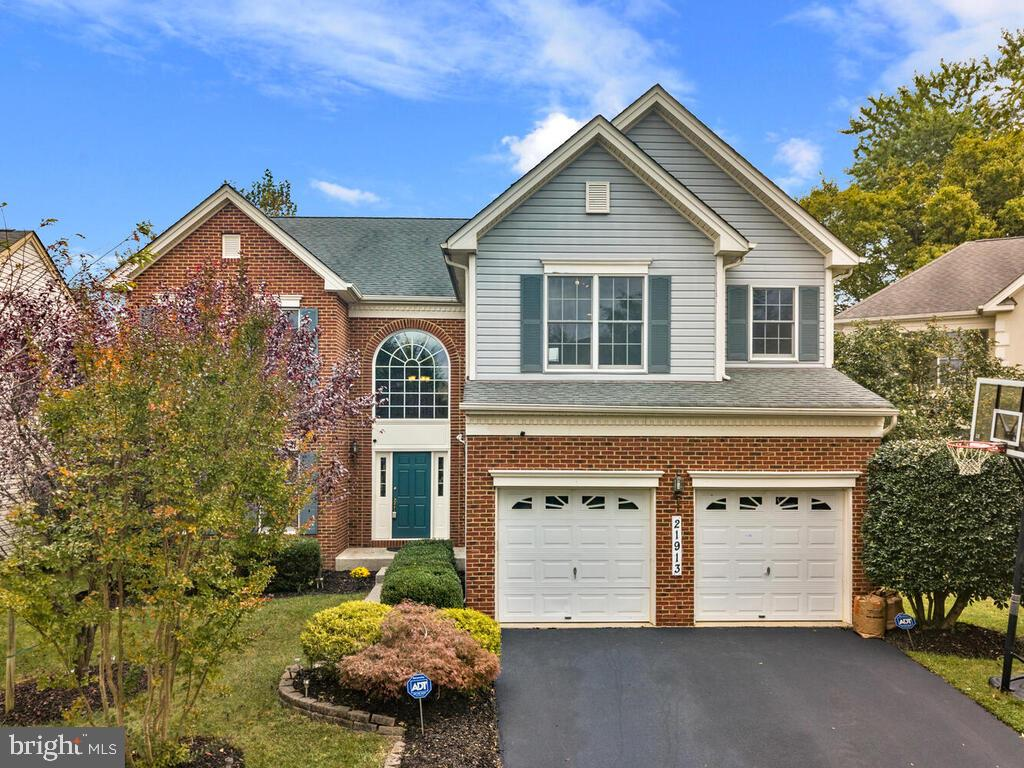 Welcome to this Toll Brothers built home poised to impress you! This beautiful home features 5 bedro