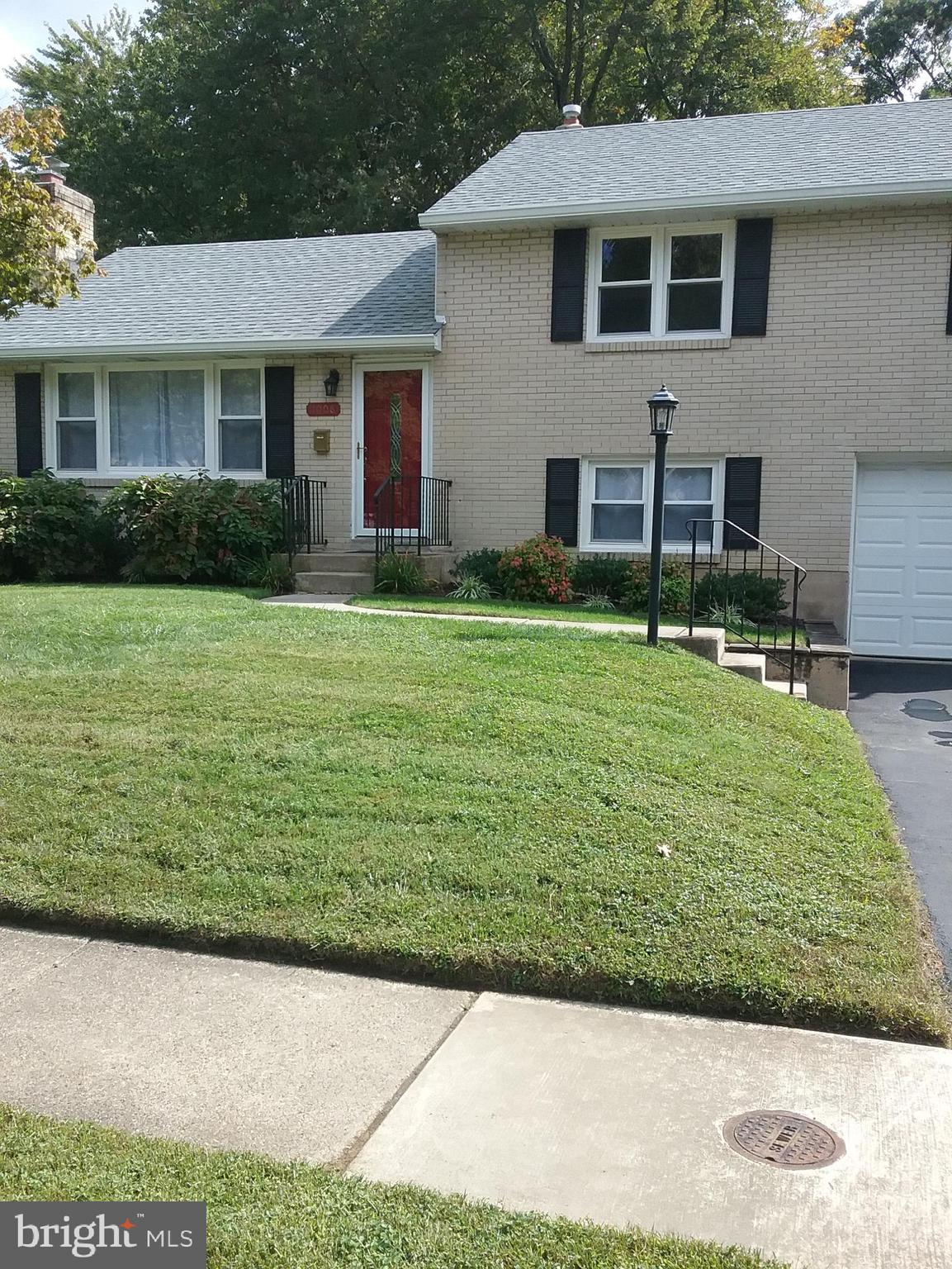 A wonderful home in desirable North Wilmington.  Everything is ready for you to move in with many up