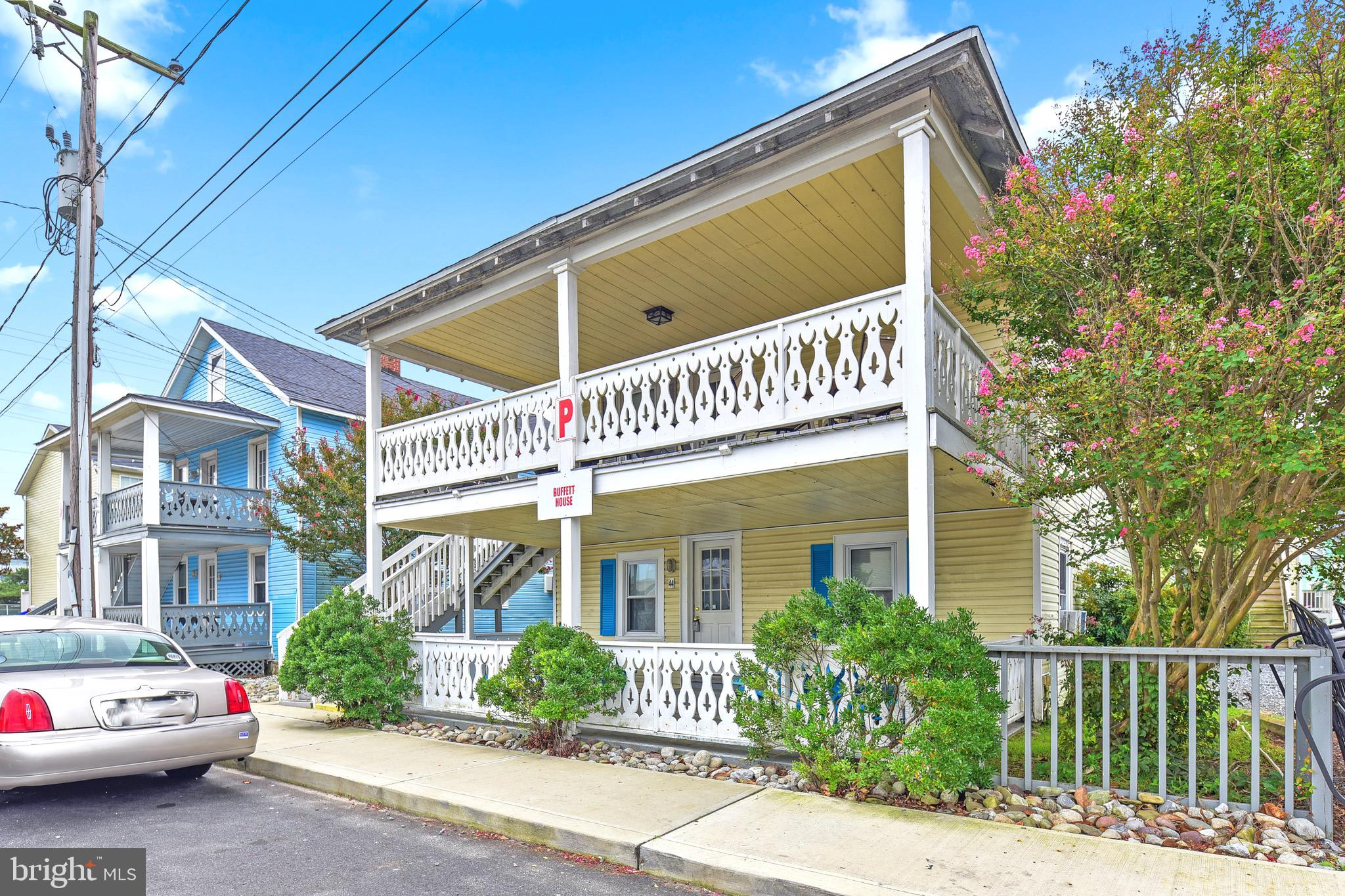 Great 3 Bedroom, 2 Bath Beach Cottage with  Pool and Parking just 2 Blocks from Beach and Boardwalk. Large Spacious Unit with Excellent Rental Potential of $30K , Large Covered Front Porch for Eating Crabs and those warm Summer Nights, This a Great Price for a Your Beach. Getaway.