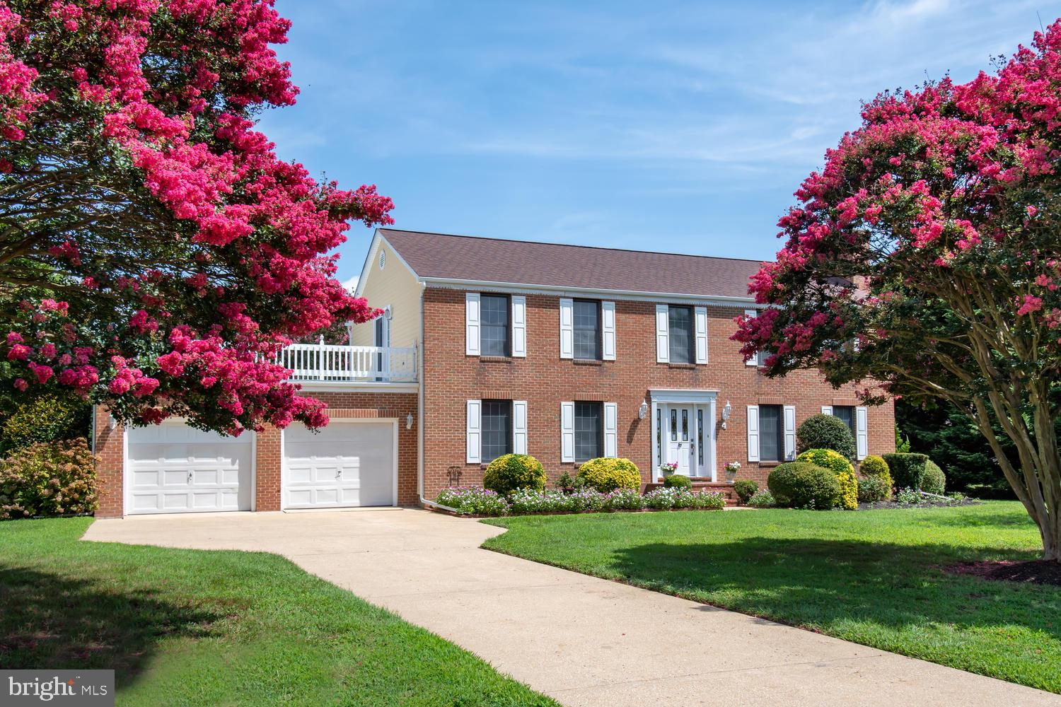 This lovely colonial sits on a little over an acre and is located in Prospect Bay Golf and Country C