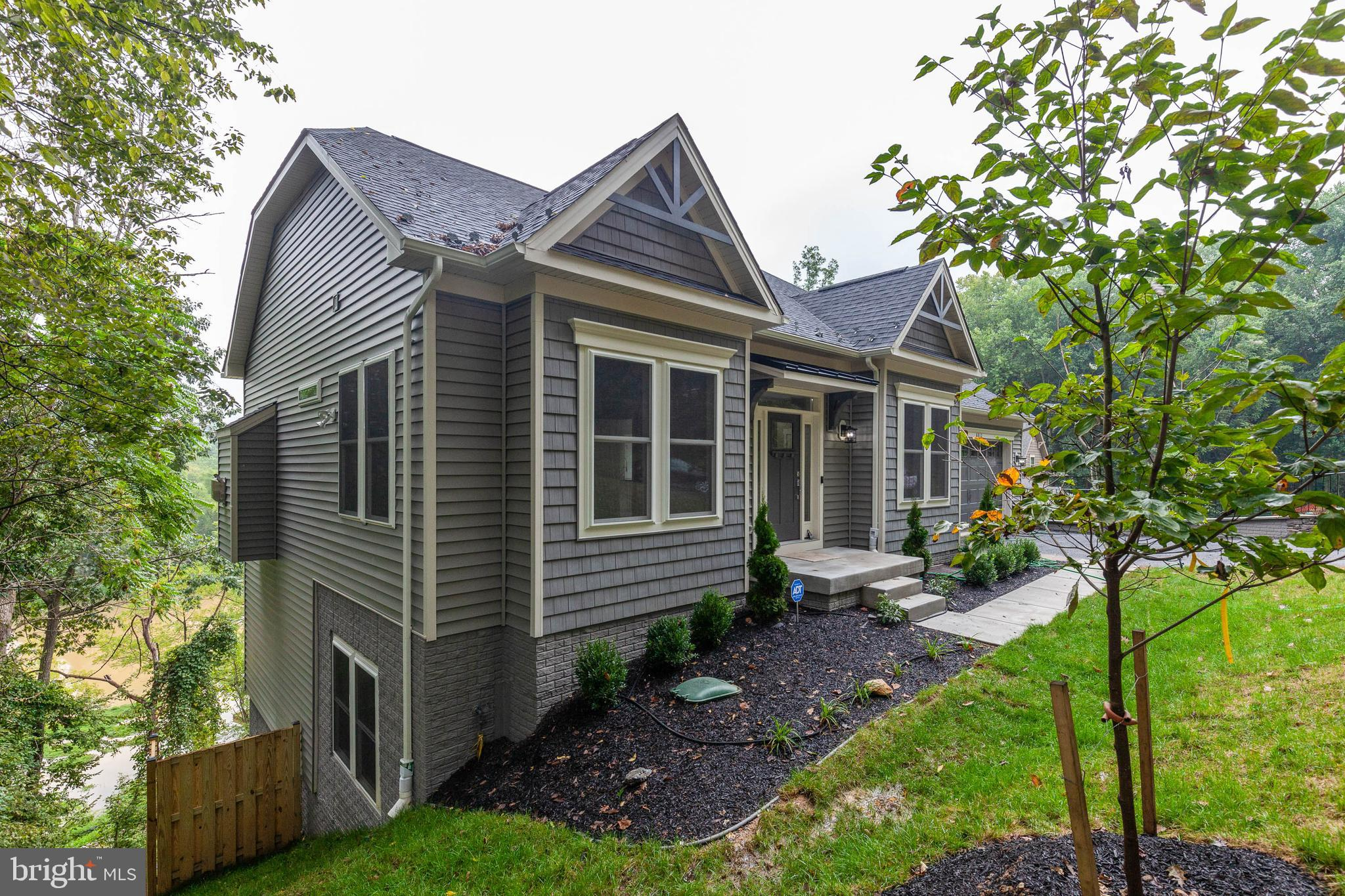 The Spree II is a classic! This home is the revival of Colonial times. With a strong presence, this