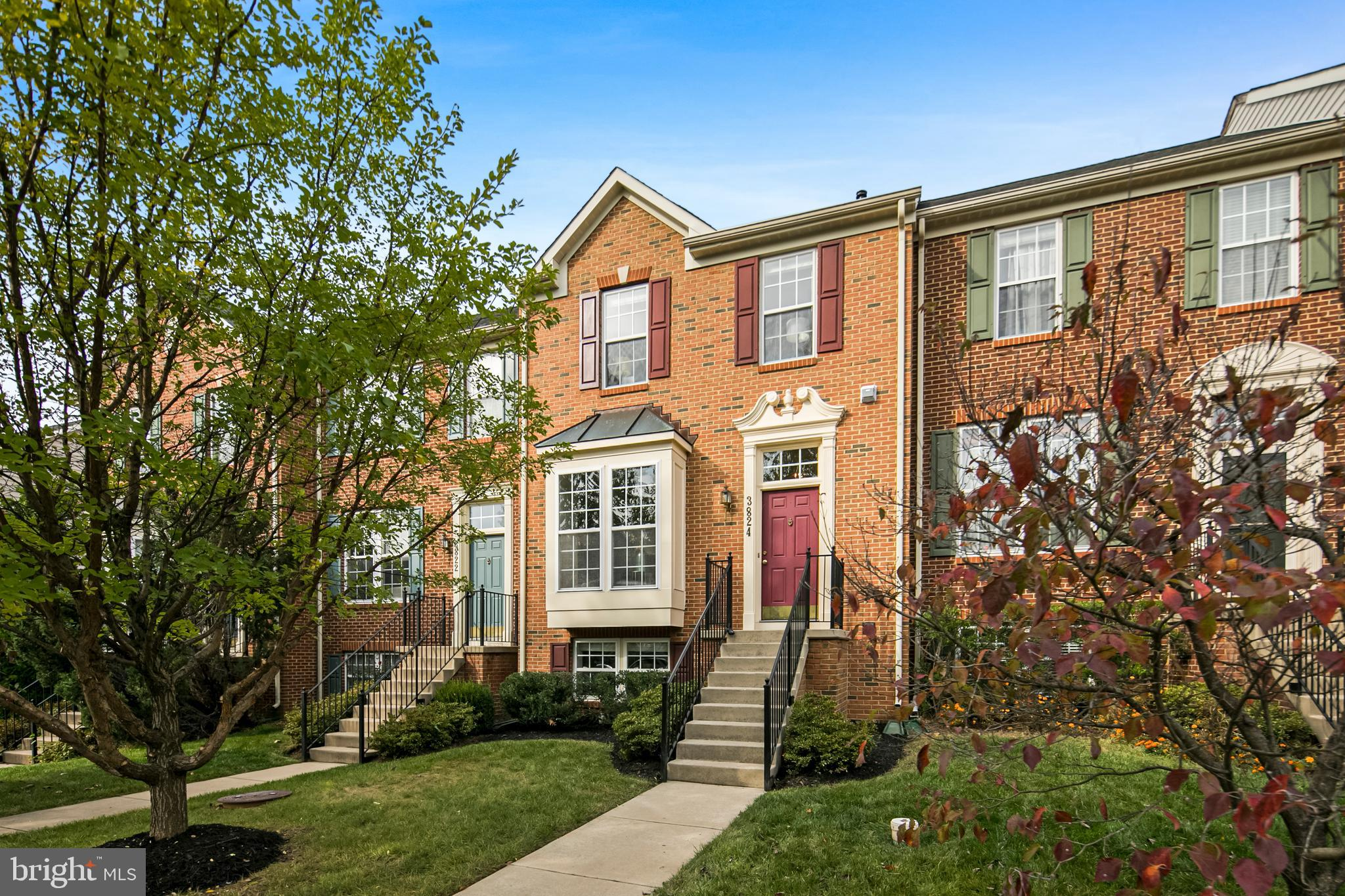 OPEN HOUSE Saturday 10/31 12:00 – 2:00 pm. As you walk into this beautiful brick townhouse you will