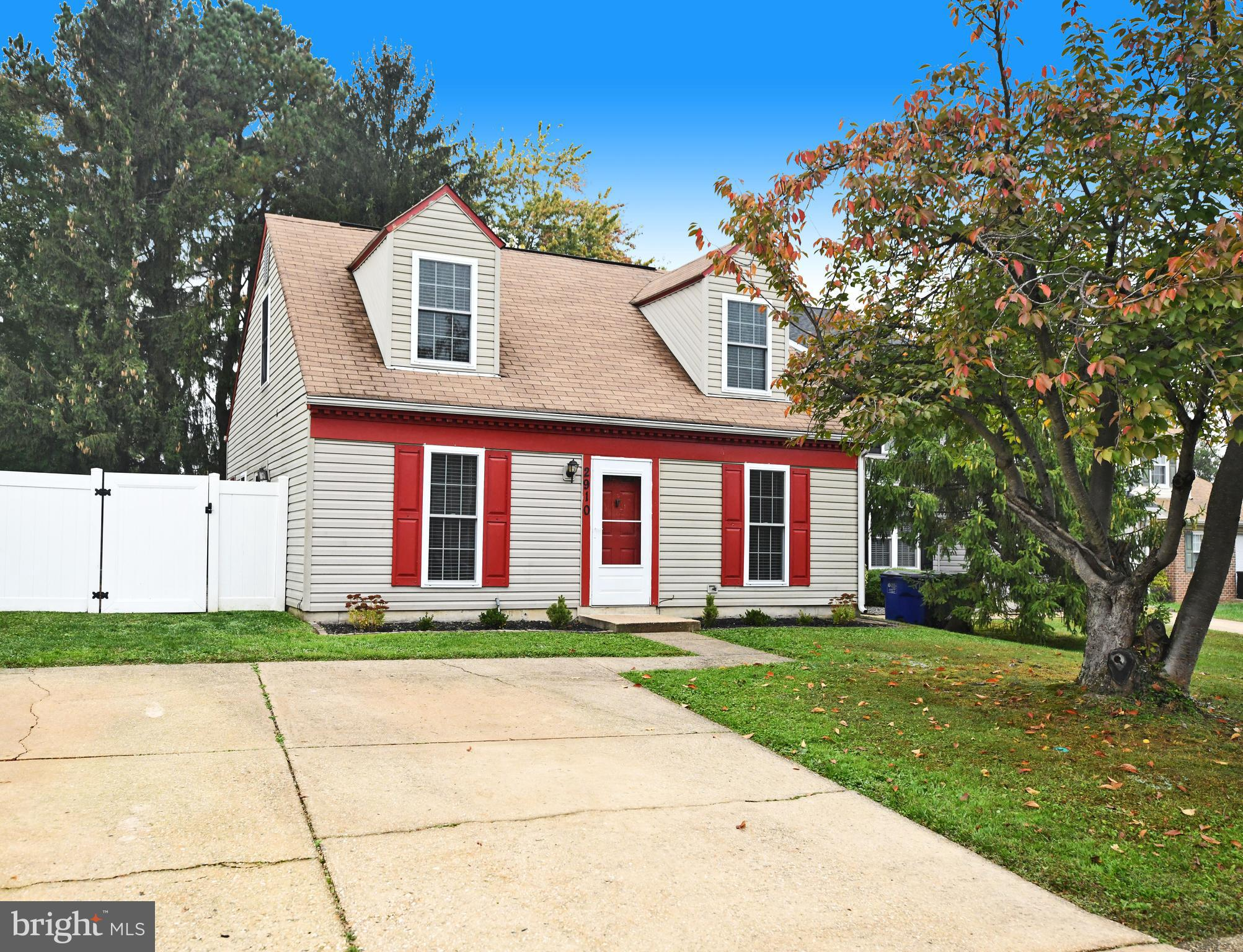 Wonderful opportunity to purchase a single family home at a townhouse price.  Charming cape cod with