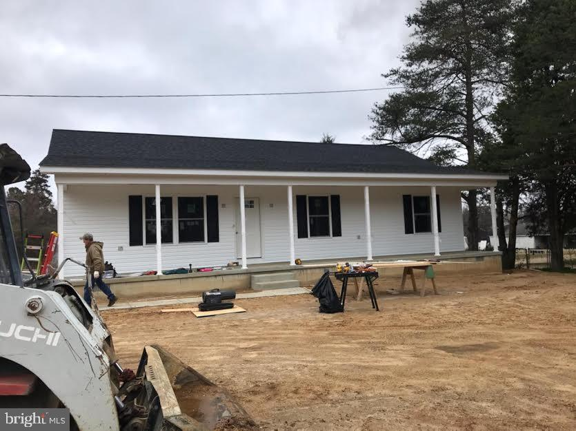 New construction in Mechanicsville for 300k! Home is 1440 sq ft  and will have laminate throughout.