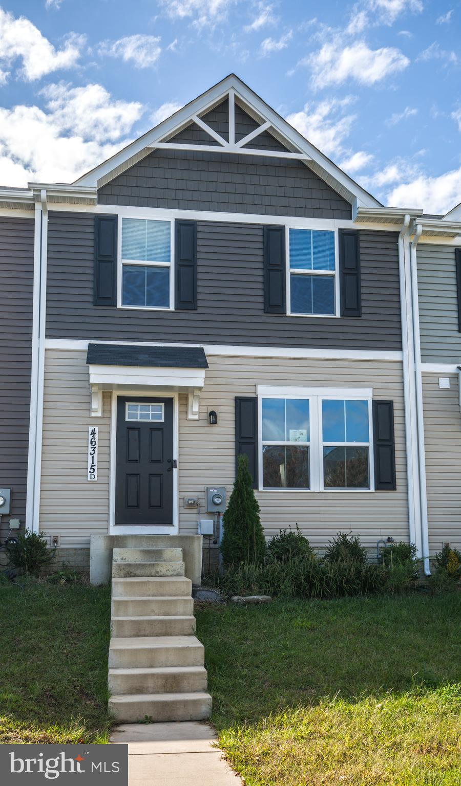 Come see this beautiful 3 bedroom 2 bath townhome located just 1.3 miles from gate 1 of PAX!  Built