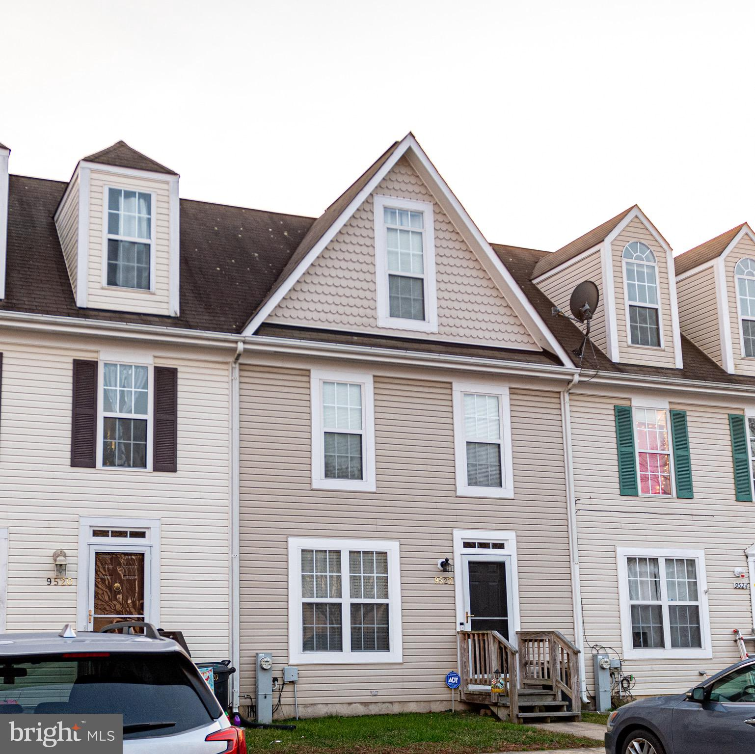 Well sought after home and community.  Beautiful and well maintained townhouse in the water front to