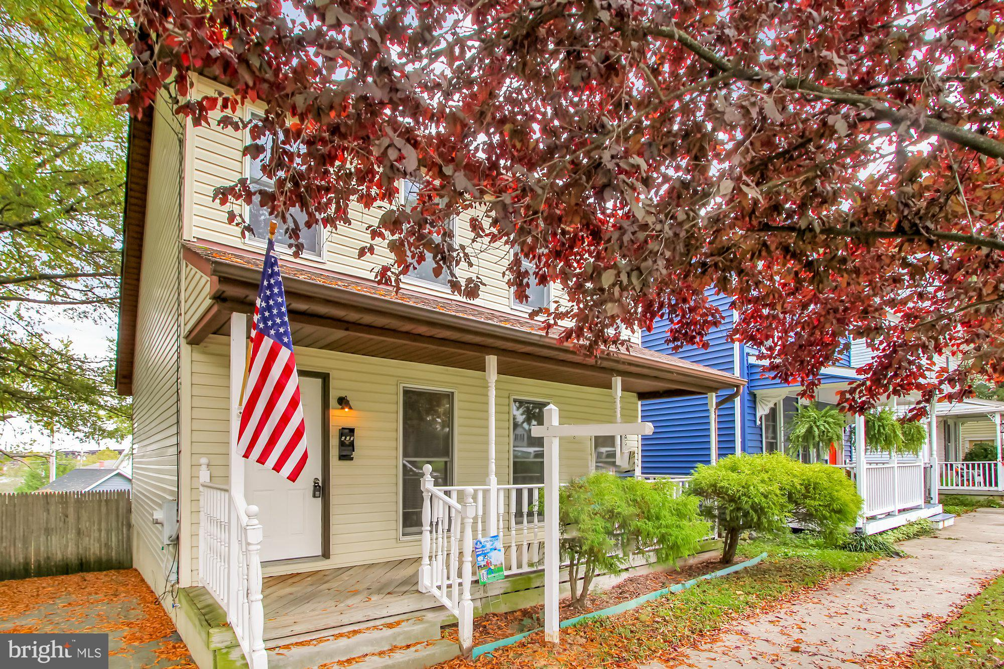 This charming, totally move in ready, Havre de Grace home is just one block away from the water!  Mo