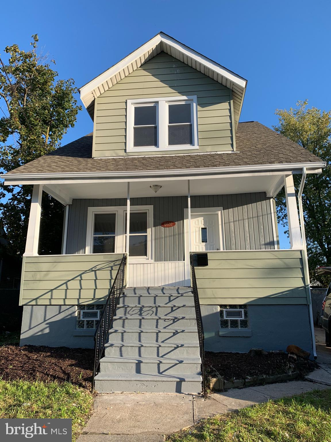 Beautiful Completely renovated   3 bedrooms   1 full bath/1 half bath Modern home. Brand new stainless steel appliances, granite tops, hardwood flooring, and painted walls, tiled bathrooms, washer and dryer, roofing and more! Come and see for yourself!