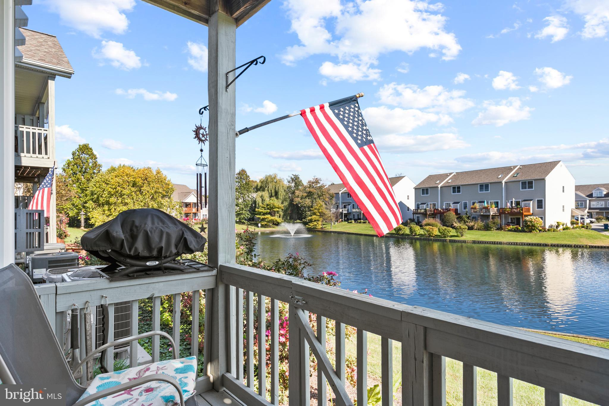 You are going to love this gorgeous 1 level condo.  Main level location is perfect!  Amazing water v