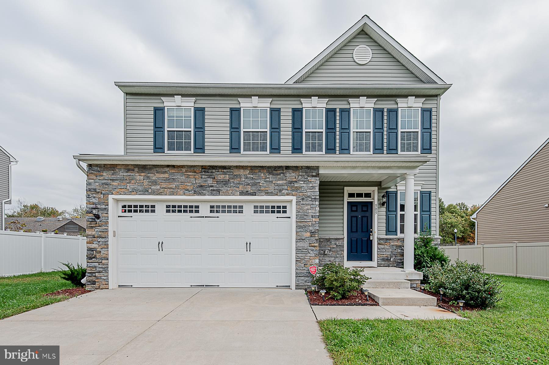 4 years new and GORGEOUS! This beautiful home has appliances that are four years new, BRAND NEW CARP