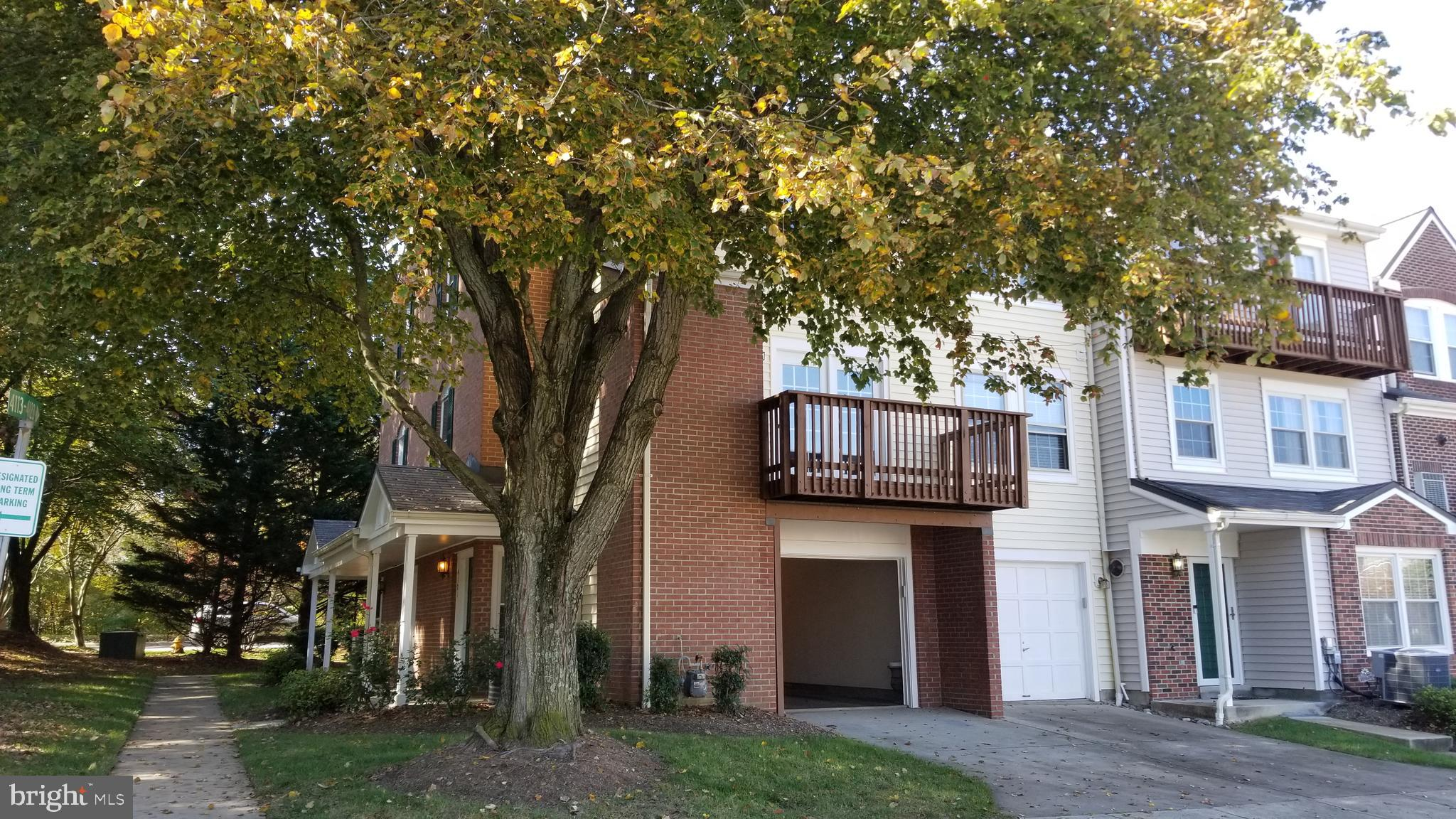 **RARE** TH End Unit ! !  This home is recently Updated throughout.  3 bedrooms 2 1/2 bath townhome/