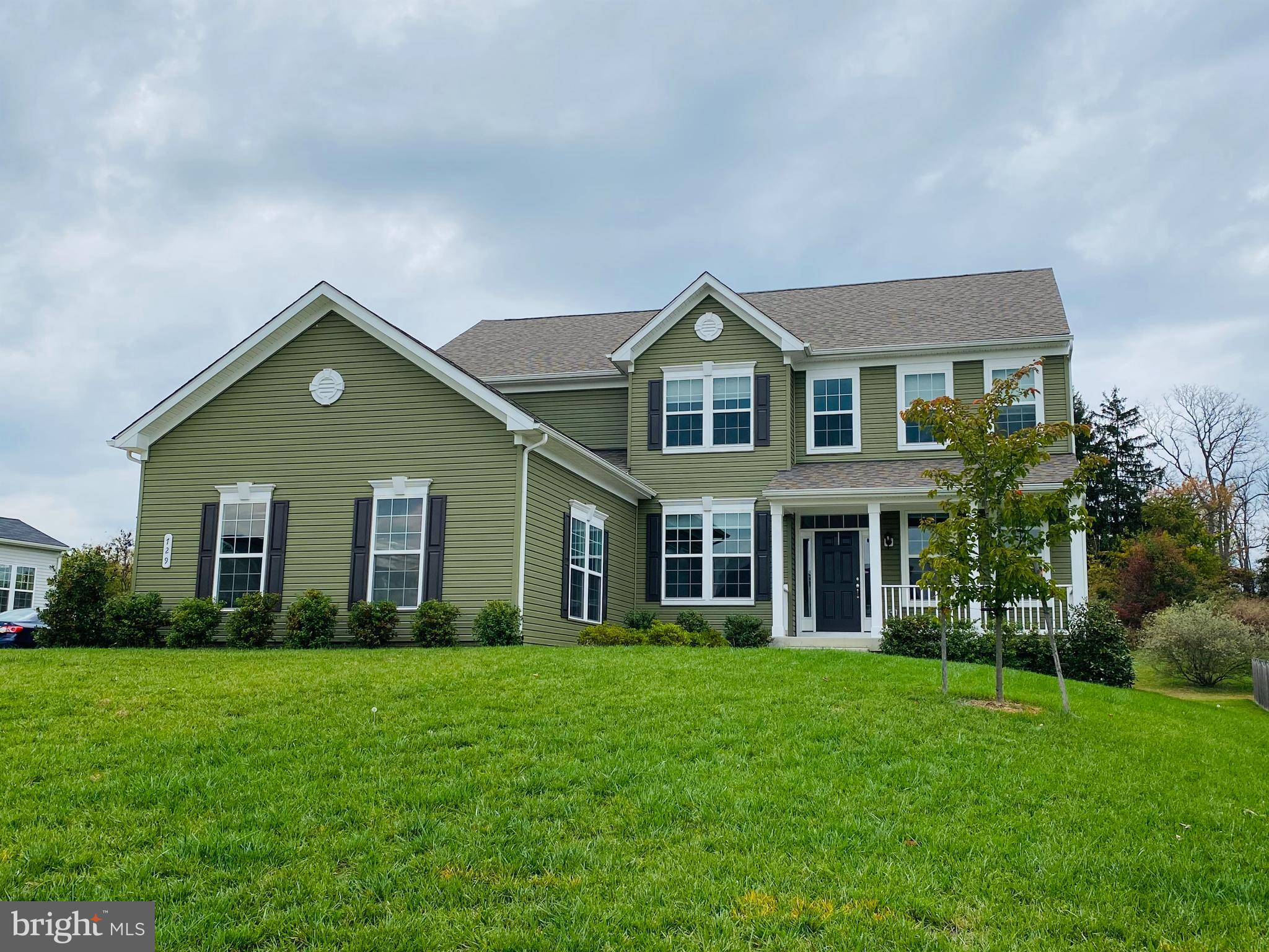 This spectacular home in the sought after community of Berryville Glen.  This fantastic community ha