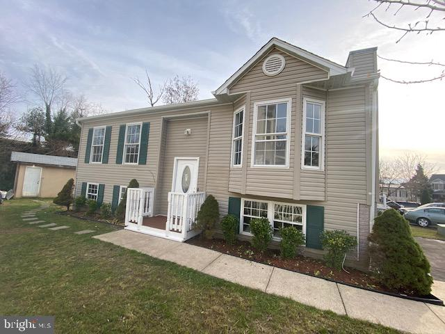 The Gem of  Howard County  , Why Town house get this Single-Family Home ,Sweet Home On Great Lot   R