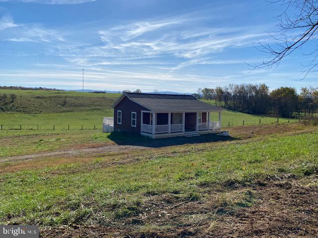 Quaint Cottage/Ranch-style home in beautiful Clarke County situated on 3 nicely cleared acres with p