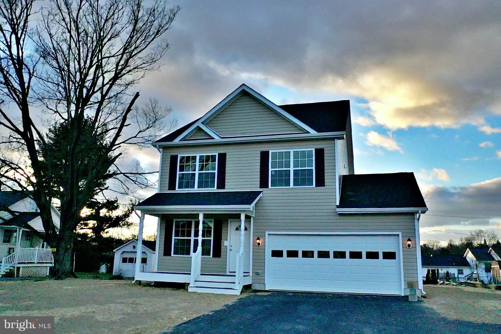 New home ready for a new buyer.  Features an open floor plan three bedrooms, two and half baths, two