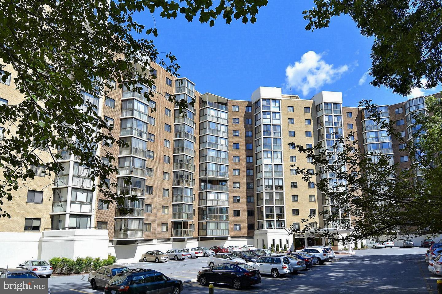 55+ LEISURE WORLD - Rarely Available 1 Bedroom 1 Bath.  Well Maintained Unit in an Exceptional Well