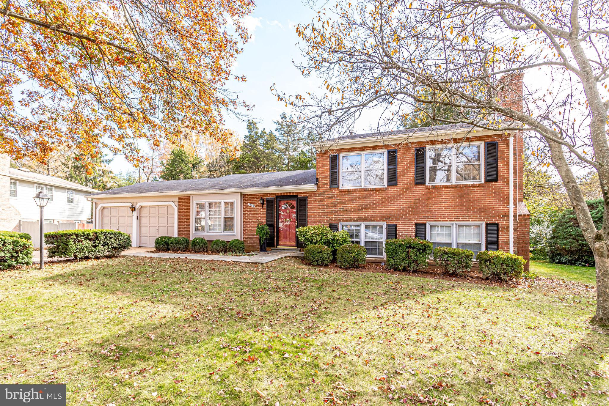 Enjoy the cul-de-sac lifestyle in this charming 4 bedroom, 2.5 bath home! You're welcomed into the f