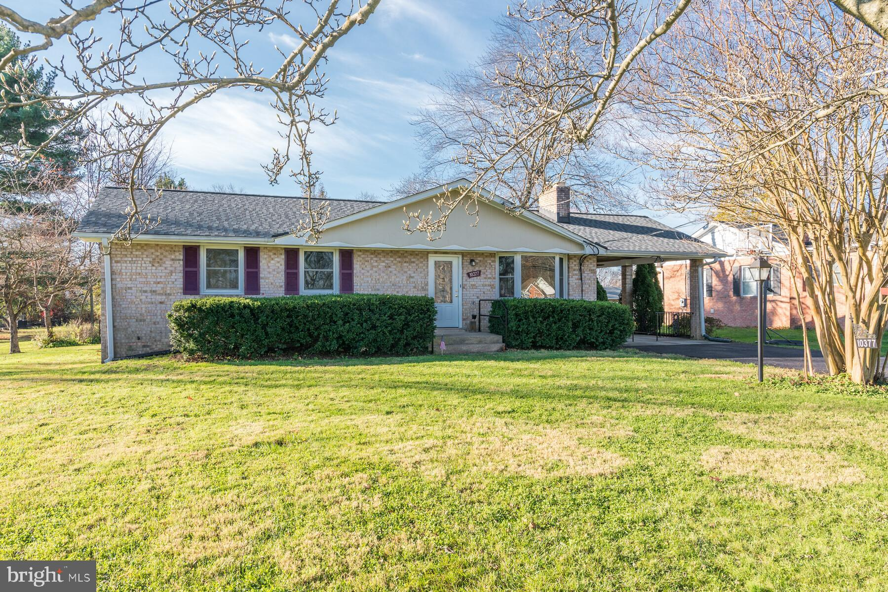 Opportunity knocks! Pristine all brick rancher sited on dead end street in sought after southern How