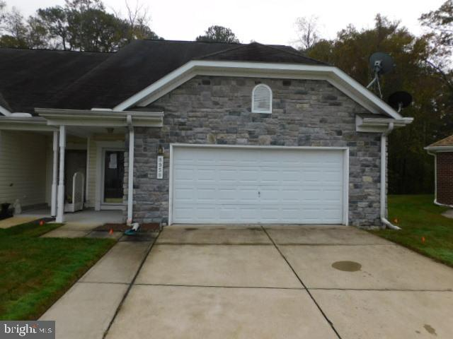 THIS PROPERTY SHOULD BE BACK ACTIVE ON THE HUD HOME STORE BY TUESDAY MAY 18, 2021.  Take a look at t