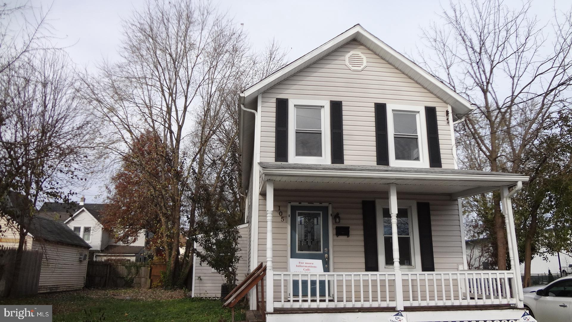 Great availability in the heart of Elkton for a handyman/investor special! Three bedrooms and one fu