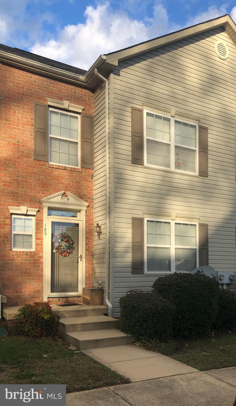 Wonderful townhome! Close to everything! 3 finished levels of living space....3 bedrooms, 3 1/2 bath