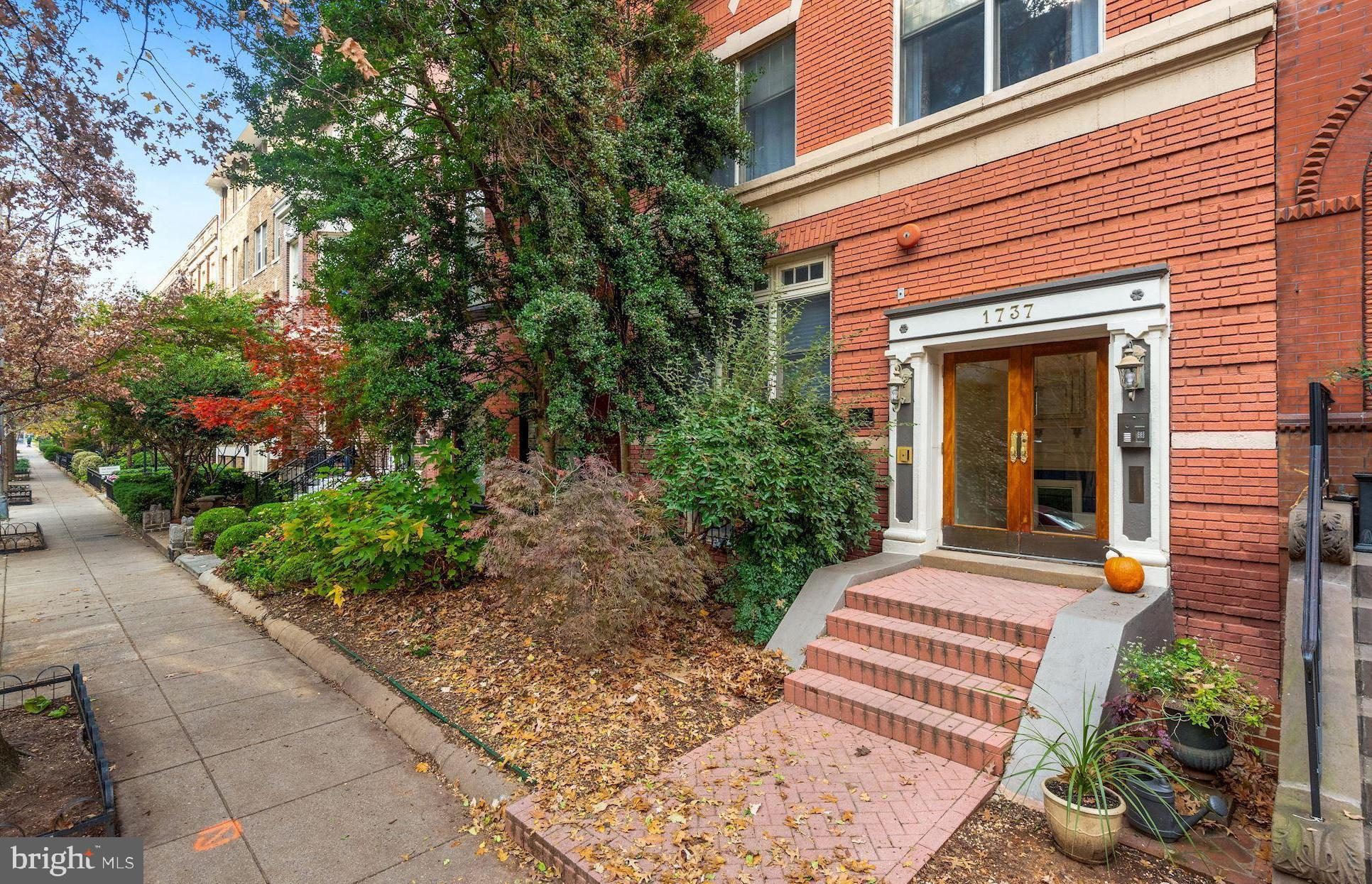 This Boutique Condominium, nestled on a sunny and leafy street one block from Dupont Circle, offers