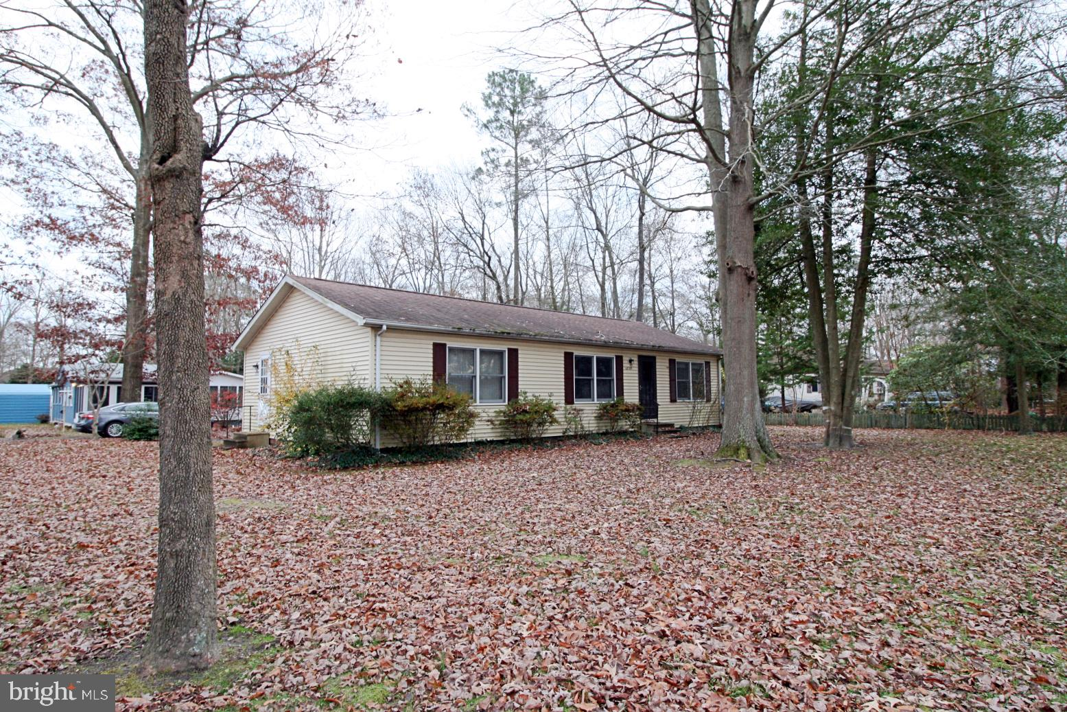 VACATION READY! Close to Oak Orchard. Located just off of Rt 24 in River Village II.  Remodeled Bath