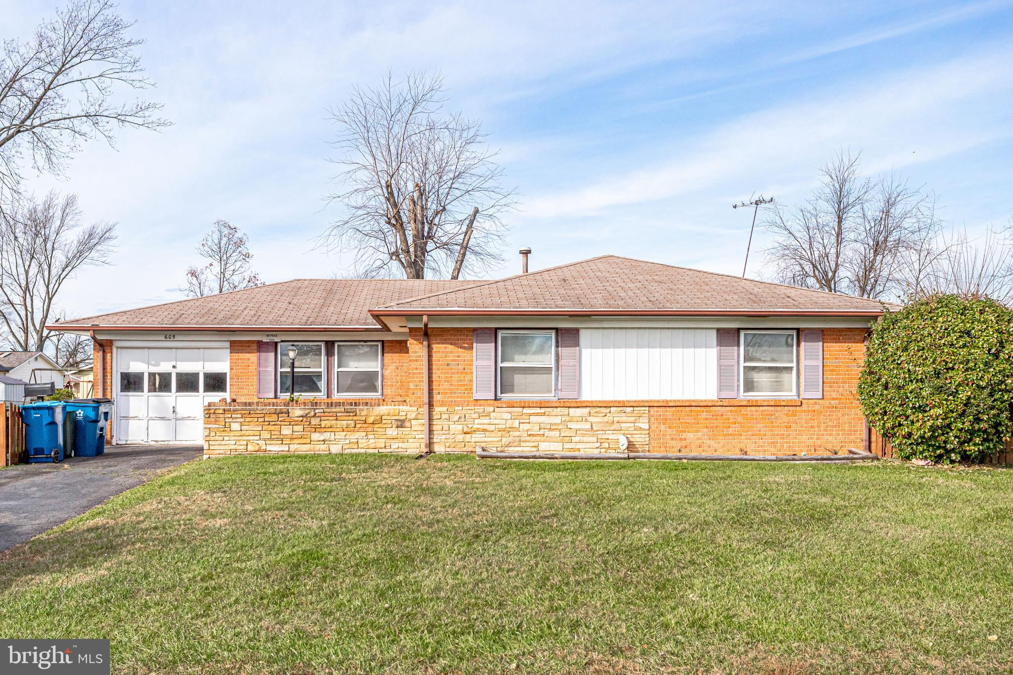 Investors only!  Great opportunity to Renovate to rent or to sell!  Great open floor plan needs new