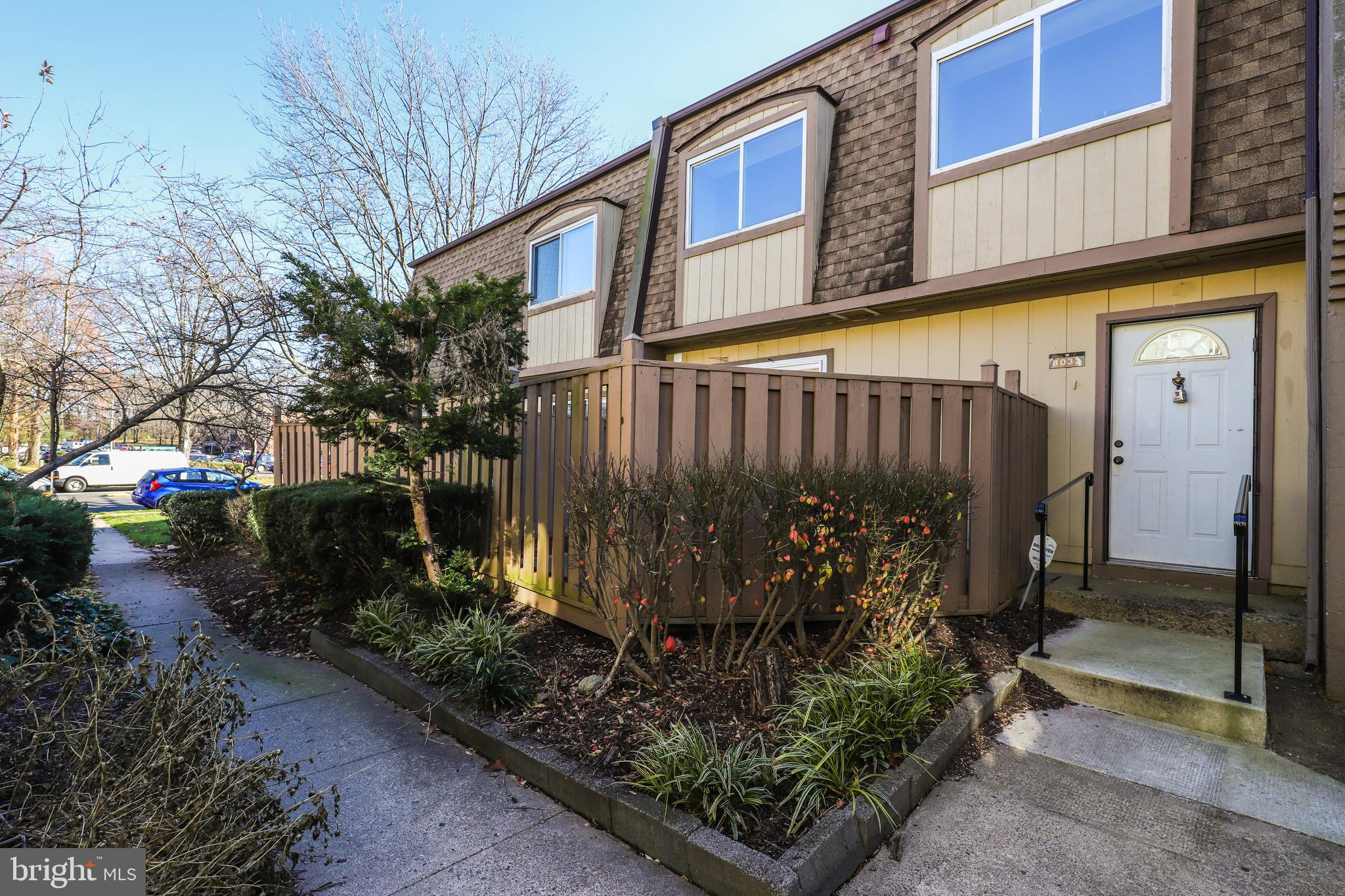 2 Level Condo Townhome featuring 2 bedrooms and 1 full and 1 half bath. Freshly painted and move-in ready!