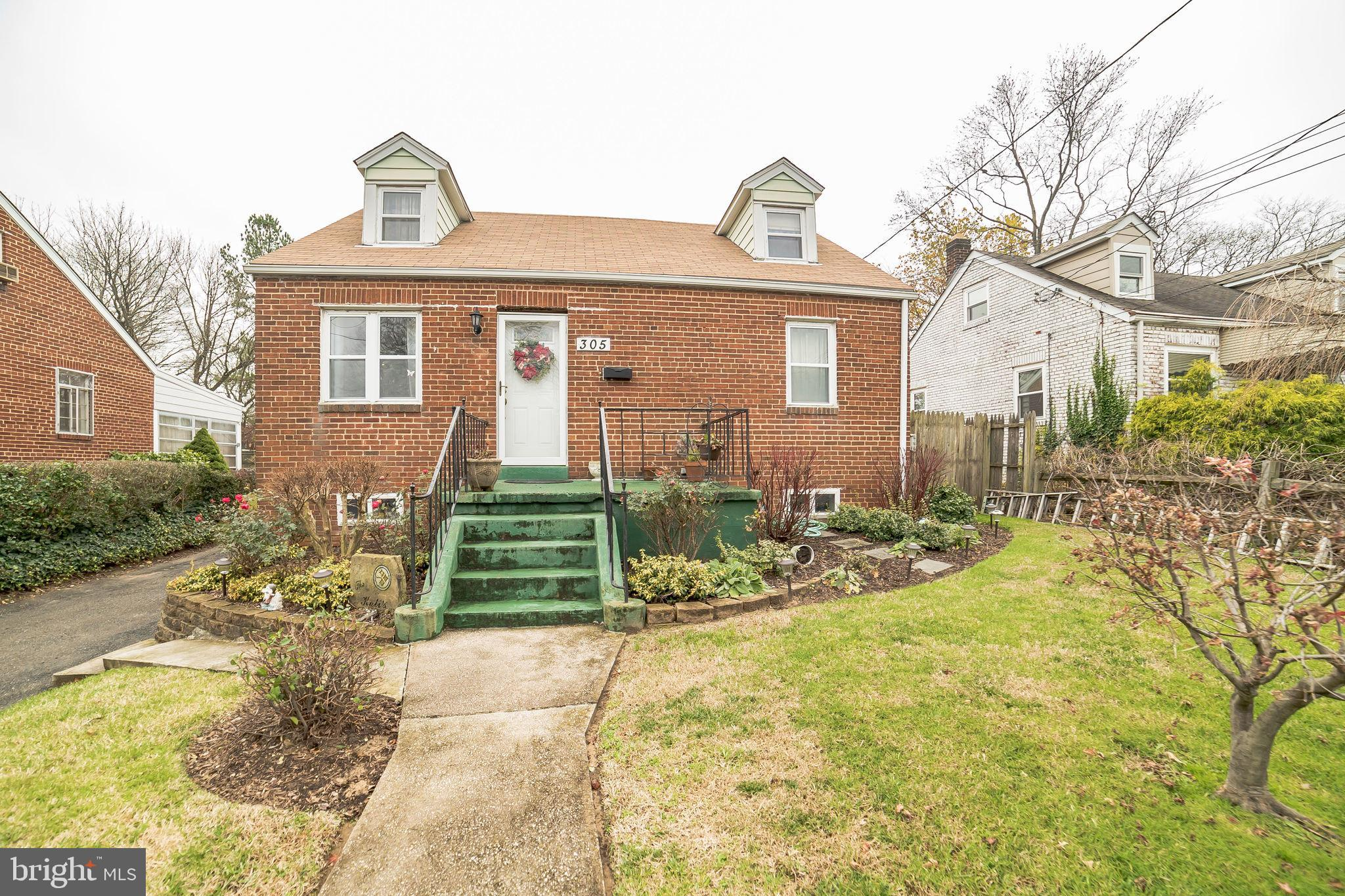 Brick Cape Cod in Glen Gardens with 4 bedrooms and 2 full bathrooms. Home consists of over 1,600 tot