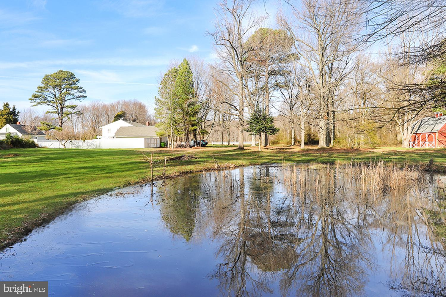 HEAVENLY CHESAPEAKE HOMESTEAD ON KENT ISLAND!  Pastoral 2.75 ACRES minutes from town amenities & Bay