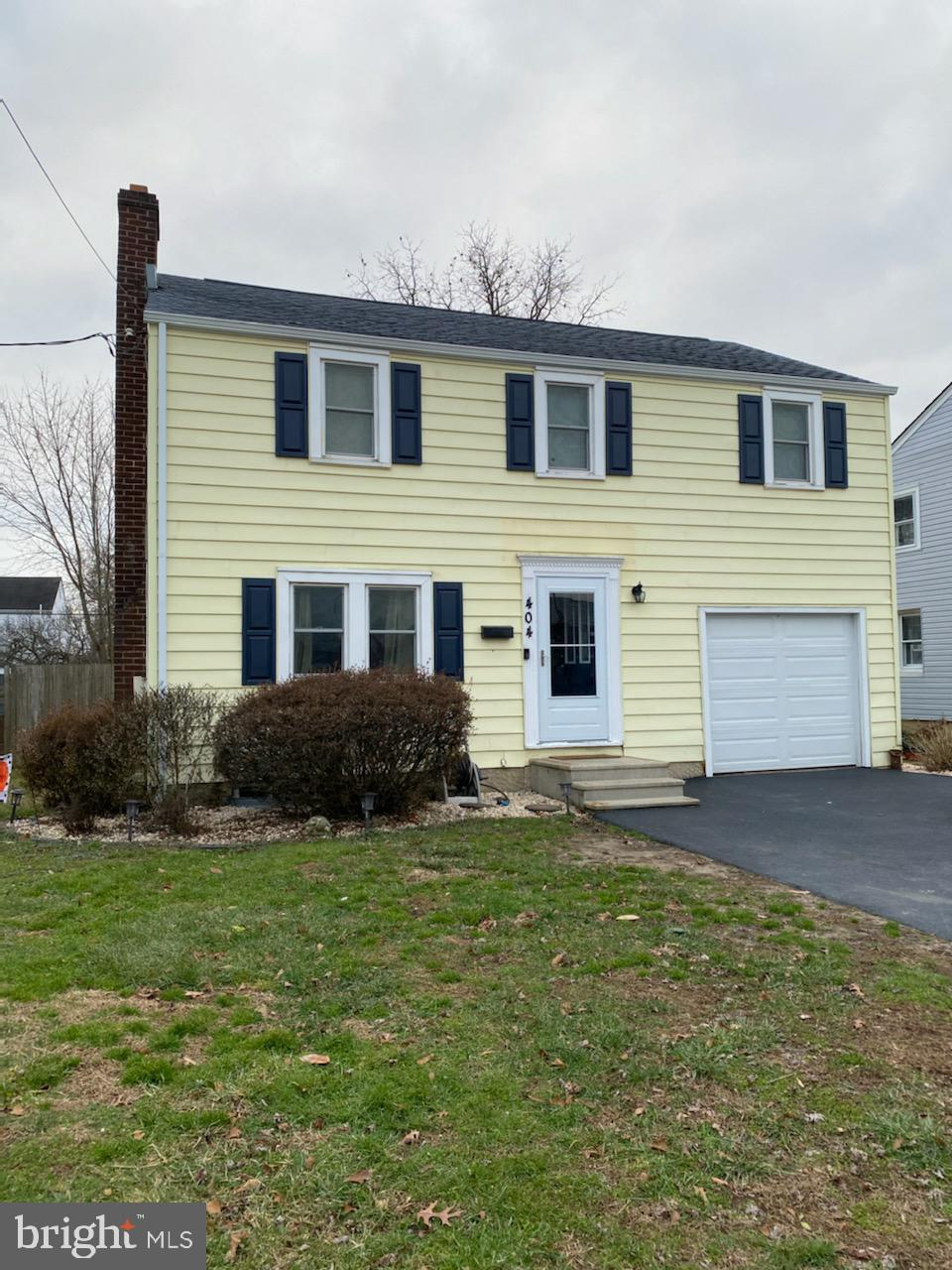 Offers due by 7pm, Sunday, January 17th.  Location, Location ! This 3 Bedroom 1 1/2 bath colonial is