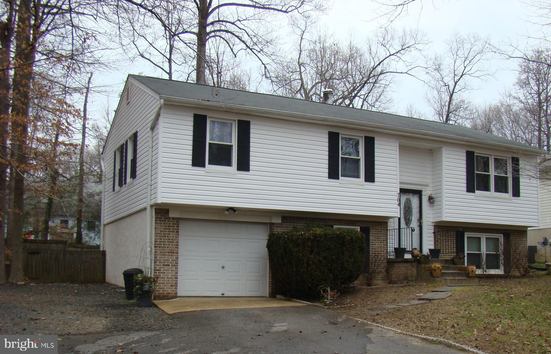 WELL MAINTAINED NICELY UPDATED Split Foyer, with 4 bedrooms, 2 full bathes. With 1,776 sq. ft. +/-