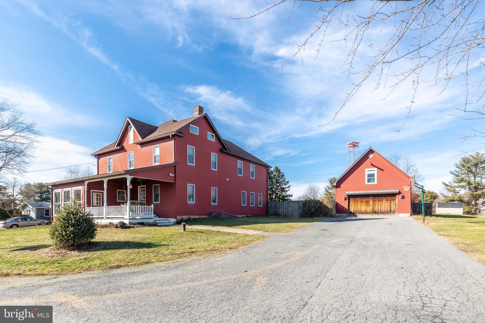 REMODELED FARMHOUSE IN DESIRABLE FINSKBURG LOCATION  WITH OVER 3200+ SQUARE FEET, THIS HOME HAS THE