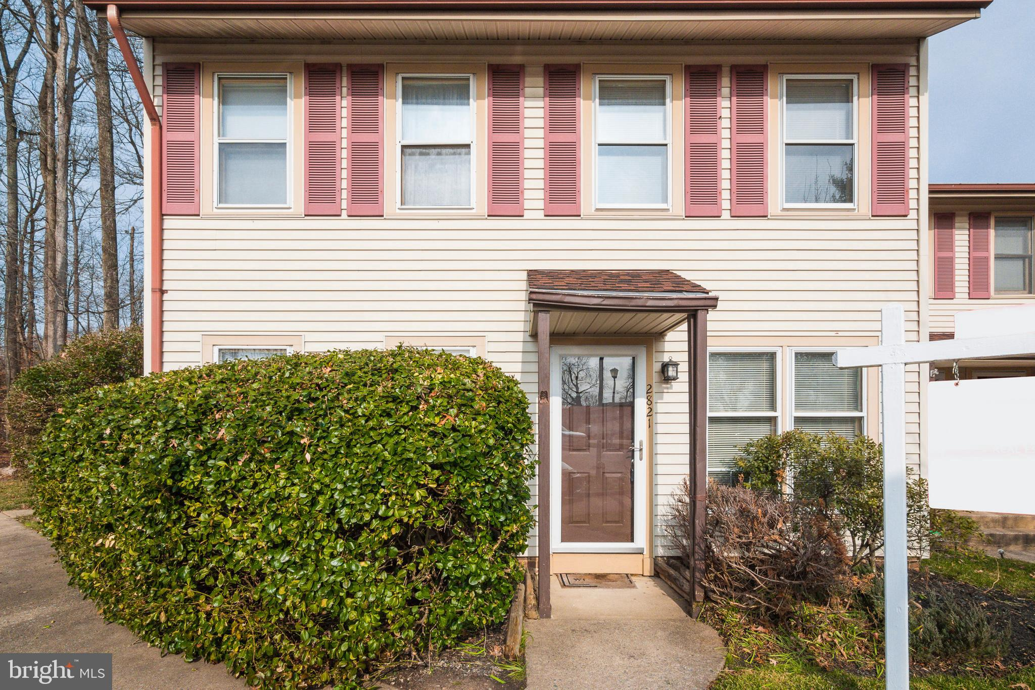 Excellent opportunity to own this two-level townhouse/condo offering two large bedrooms, one full ba