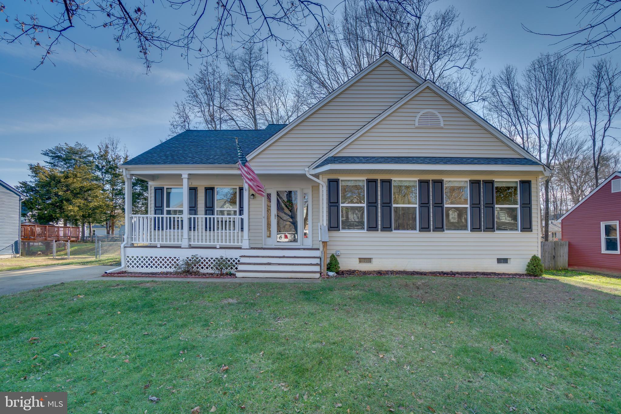 Beautifully maintained one level home in Stafford! Roof, siding windows, trim, and gutters all in 20