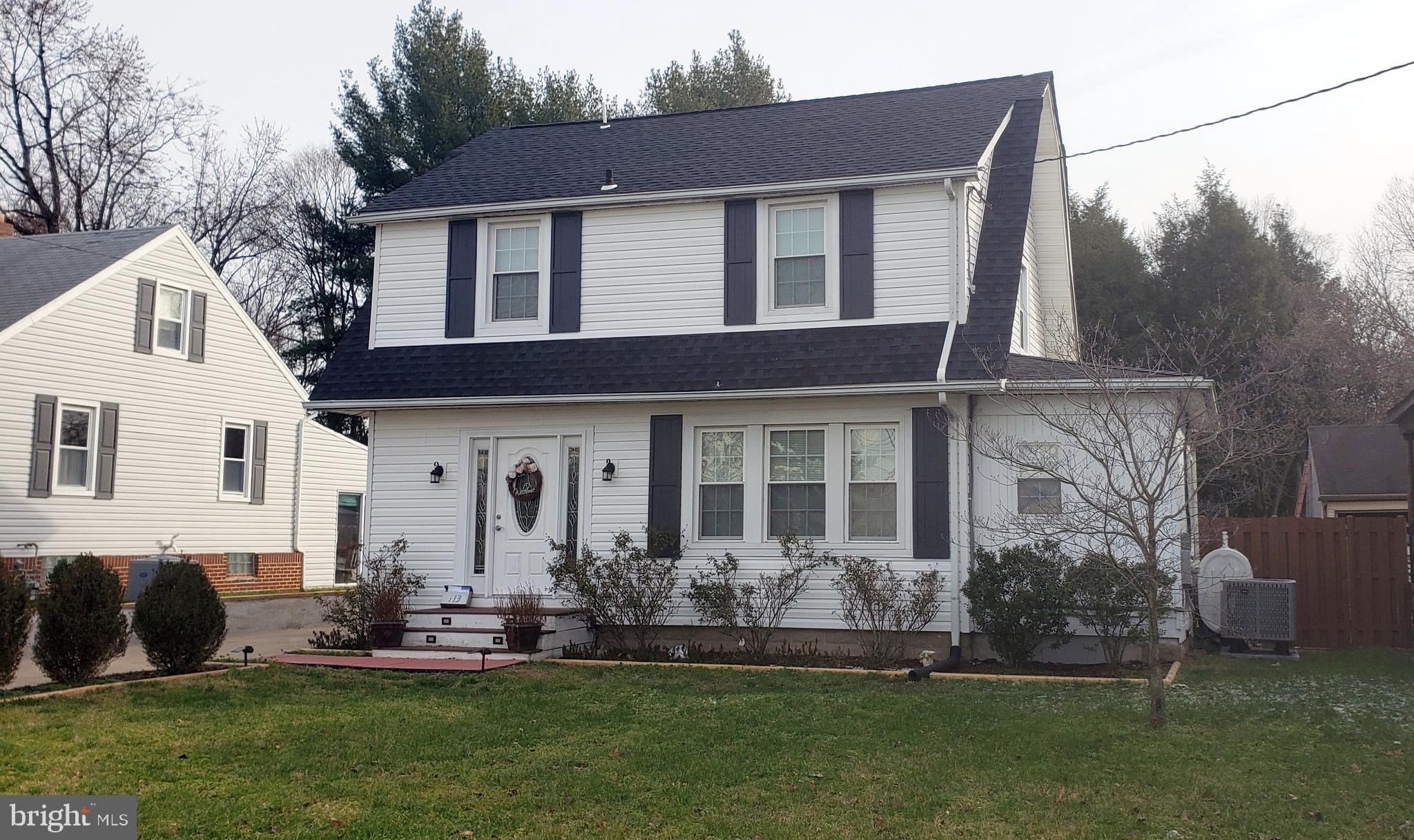 This recently renovated home is located convenient to everything!   3 bedrooms 2 baths, open kitchen