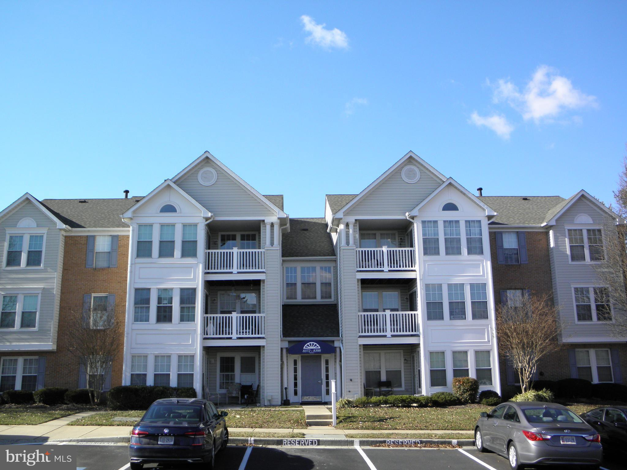 Spacious Well Maintained 2 Bedroom/2 Bath Condo in Sought after Southfield At Whitemarsh! Condo offe