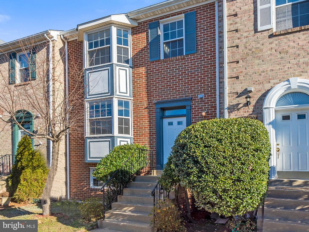 Gorgeous 4BR, 3.5 BA ALL BRICK Townhouse located in highly-sought-after Mirror Ridge close to everyt
