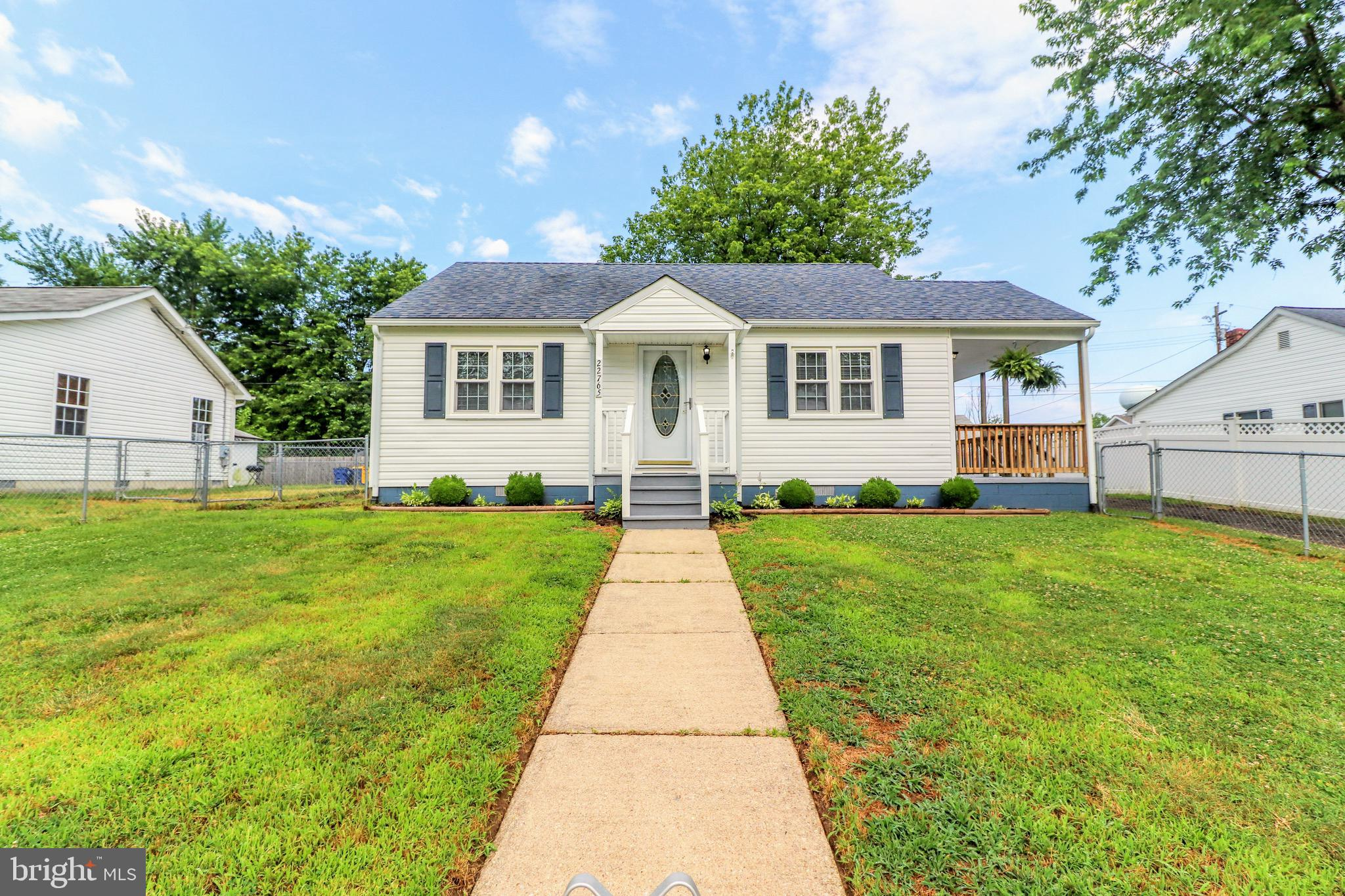 Charming Rambler in the heart of Historic Leonardtown.  Enjoy downtown living close to everything!