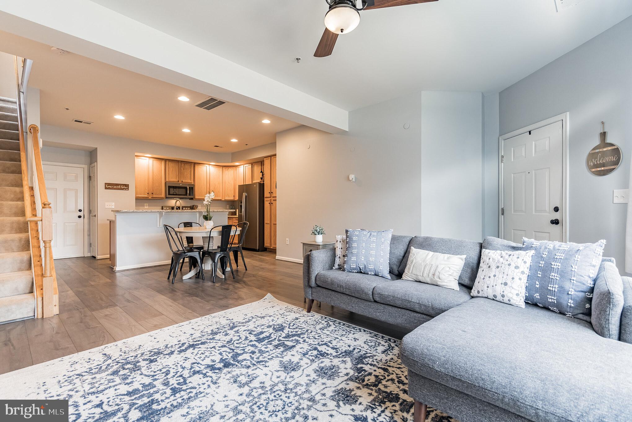 Welcome home to Forest Ridge Terrace! This adorable main level, END unit condo has so many great upd