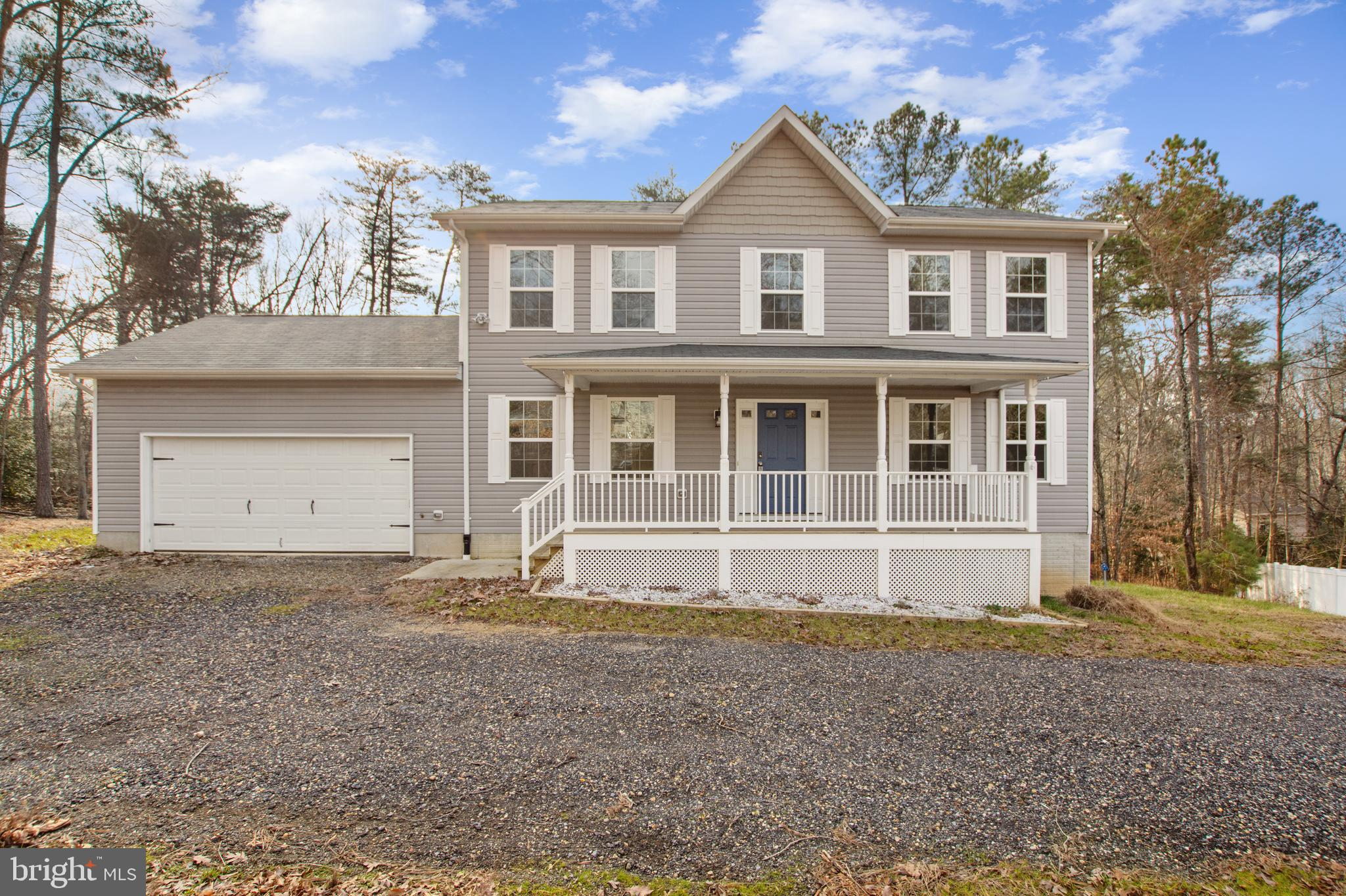 Gorgeous Colonial three years young ready for you to call home.  Step into welcoming foyer, gleaming