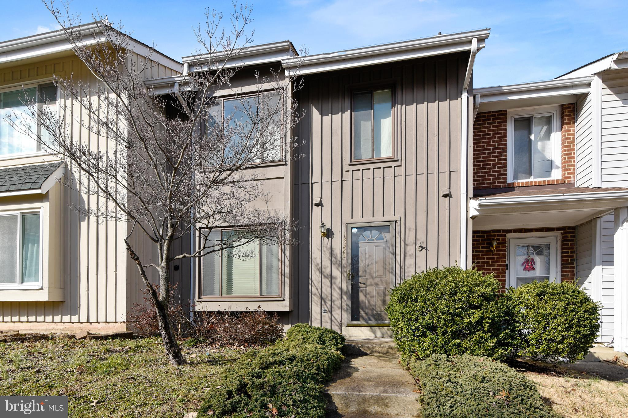 Move-In Ready home shows well.  3 Bedrooms, 2.5 updated bathrooms.  Two unassigned Parking Passes.