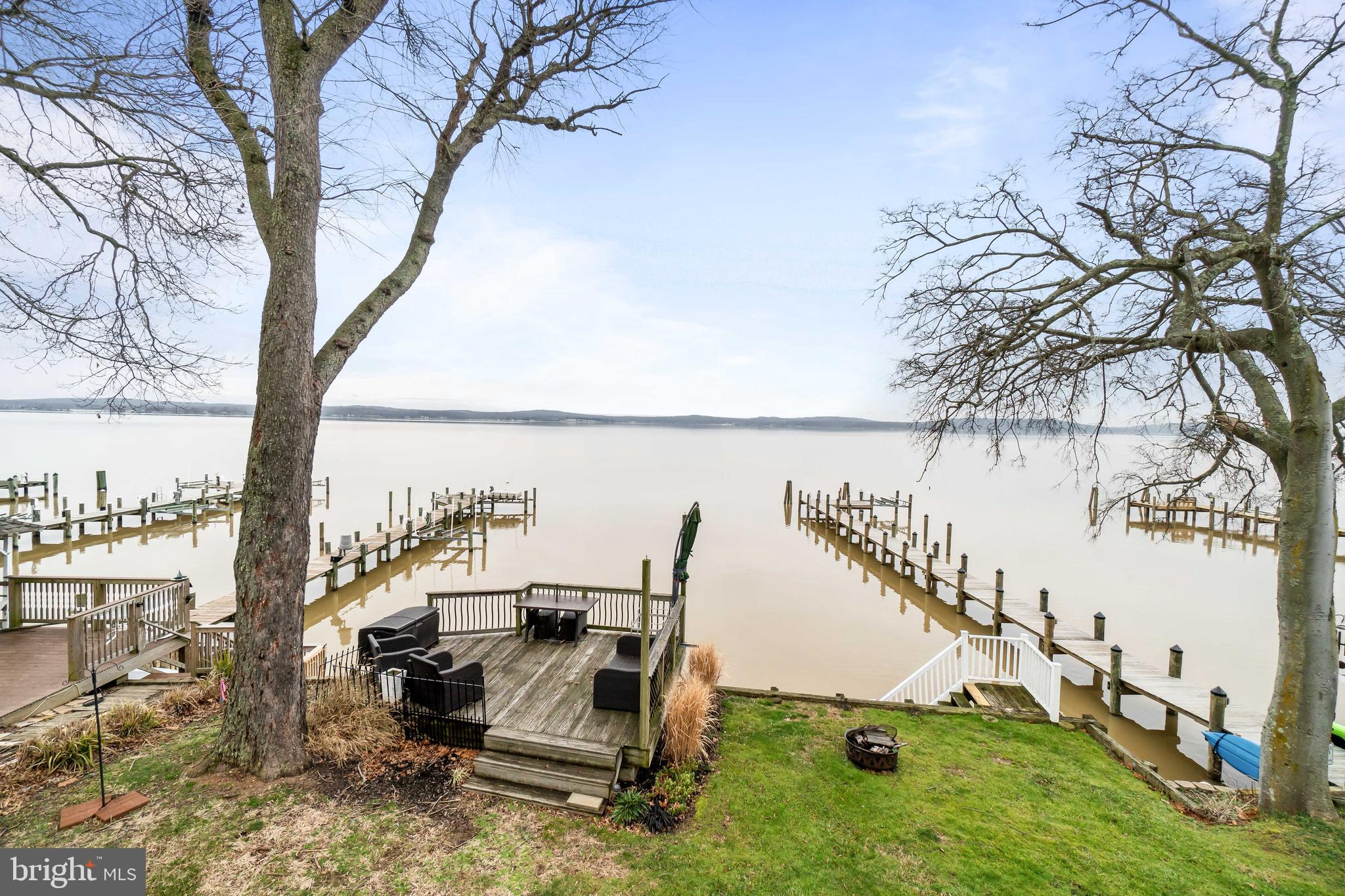Astonishing Waterfront Views & Sunrises of the North East River. This Updated 4 Bedroom 2 1/2 Bath W