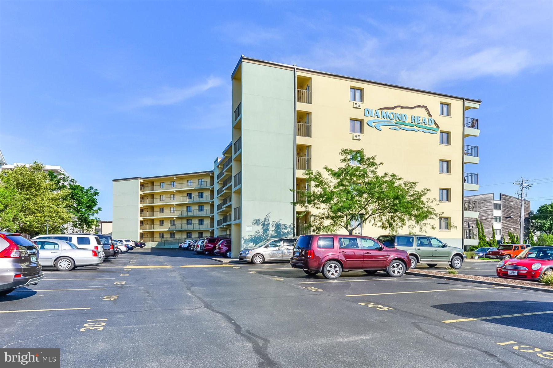 99% Oceanfront!! 4th floor Beauty! Fully furnished and ready to go. Property includes 2 deeded parking spots, great outdoor pool and only 50 steps to the Sand! Building renovations coming- see in docs. All paid for! Well run building.
