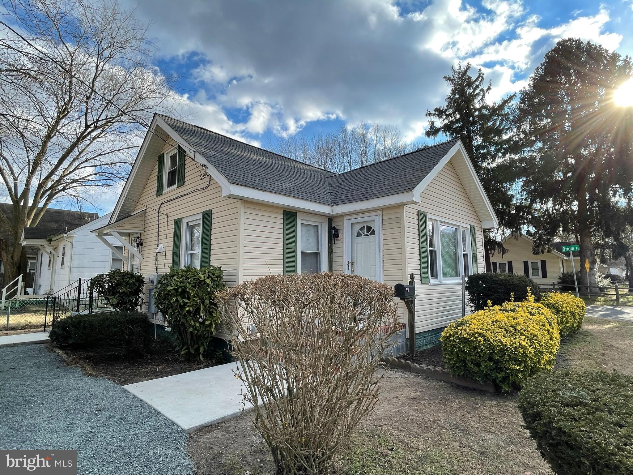 Don't miss the opportunity to own this completely renovated cape cod within walking distance to Prin