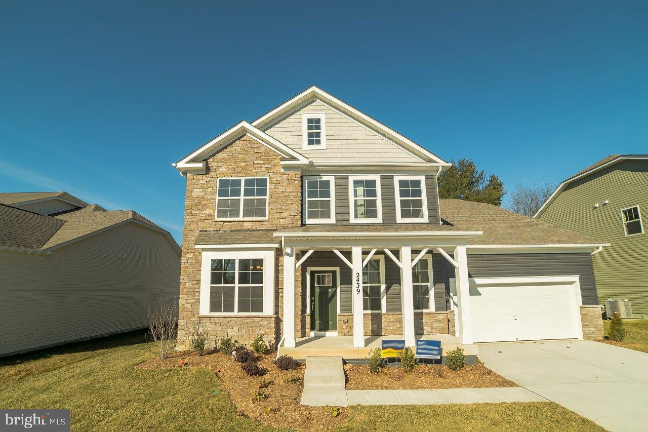 WOW! 5 BEDS AND 3 FULL BATHS IN THE DESIRABLE STONEGATE COMMUNITY IN WESTMINSTER MD. THIS ONE WONT L